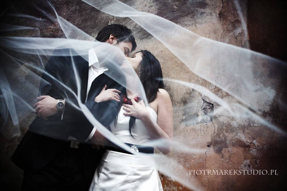 Zdjęcia ślubne Najlepszy Fotograf ślubny I Studio Fotograficzne