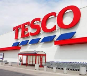 Tesco zamknie 32 sklepy w Polsce. Zobacz listę placówek