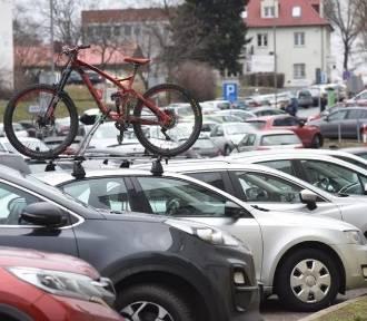 """Strefa parkowania w Zielonej Górze do poprawki? """"Radni zapomnieli o niewidomych"""""""