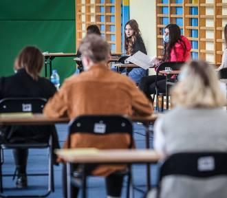 Próbna matura 2021 z matematyki. Jak poszło uczniom? Jakie zadania się pojawiły?