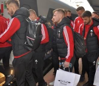 Piłkarze Górnika Zabrze na mecz z Legią pojechali... pociągiem