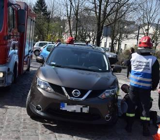 Zderzenie aut na skrzyżowaniu ulic Złotej i Parczewskiego w Kaliszu [FOTO]
