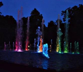 Głogów: Próba generalna fontanny w parku. Dziesiątki głogowian oglądało spektakl. ZOBACZ ZDJĘCIA