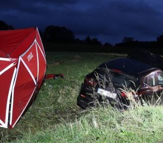 Tragiczny wypadek w Połomi. Zderzenie skutera z osobówką, 22-latek nie żyje
