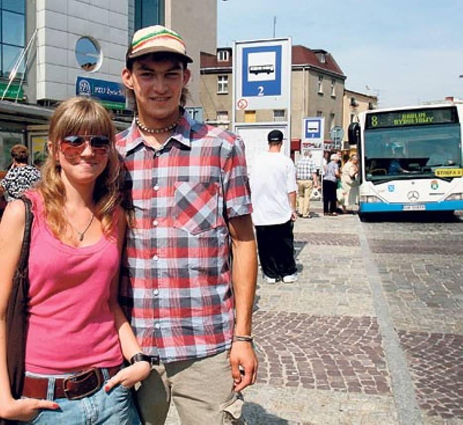 W autobusach jest duszno - mówią Dorota i Sebastian