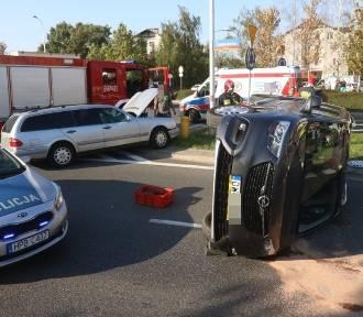 Wrocław. Zobacz zdjęcia z wypadku dwóch aut koło stadionu na Pilczycach