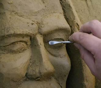 W Oliwie powstaje szopka z piasku. Szykują ekumeniczną Wigilię