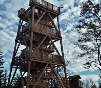 Wieża widokowa na Czerniawskiej Kopie już otwarta! Zaplanuj tam wycieczkę! [ZDJĘCIA]