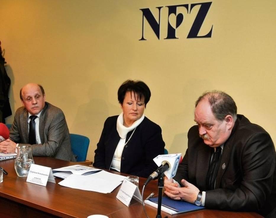 Tadeusz Bąbelek,  Zbigniewa Nowodworska i Krzysztof Kordel namawiają do kupowania tańszych zamienników