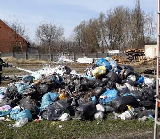 Odpady zapaliły się w śmieciarce