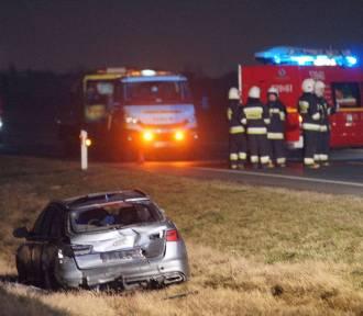 Wypadek na obwodnicy Nowych Skalmierzyc. Cztery auta rozbite. ZDJĘCIA