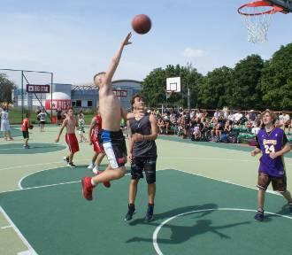 Kaliski Streetball. Pierwszy dzień koszykarskiego święta za nami [FOTO]