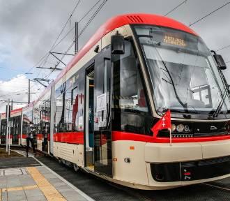 Testy torów tramwajowych na alei Pawła Adamowicza