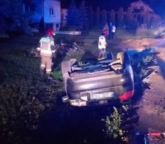 Wypadek w Rokitnicy Nowej pod Brodnicą. Mieszkaniec gminy Świedziebnia dachował