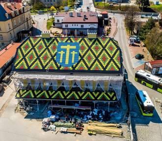 Barwny dworzec autobusowy pod Krakowem. To unikat w skali Polski