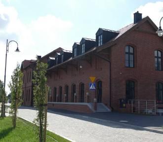 W bibliotece pojawią się wyjątkowe postacie polskiej kultury. Kto odwiedzi Pleszew?