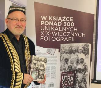 """Otwarcie wystawy """"Leon Barszczewski – podróżnik i fotograf XIX – wiecznej Azji Środkowej"""" (ZDJĘCIA)"""