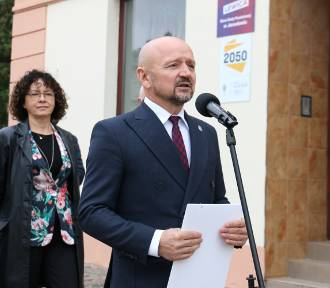 Otwarcie biura senatorskiego Jacka Burego, Polski 2050 w Jarosławiu