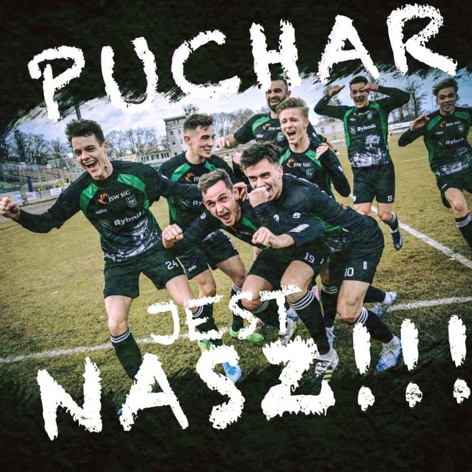Piłkarski ROW Rybnik z piekła do nieba! Zielono-Czarni zdobyli Puchar Polski!