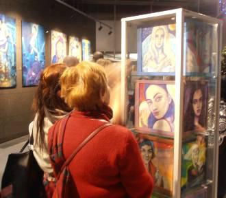 Gdzie Anioły mówią Dzień Dobry - wystawa malarstwa Liliany Lilu Batory [ZDJĘCIA]