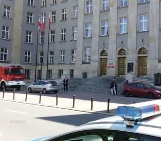 Alarmy bombowe w całej Polsce, także w Podlaskiem [ZDJĘCIA]