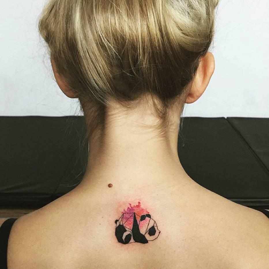 Minimalistyczne tatuaże koreańskiego artysty podbijają internet [GALERIA]