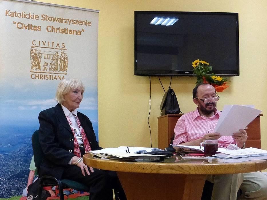 Henryk Wolniak-Zbożydarzyc i prowadząca spotkanie Maria Ewa Syska