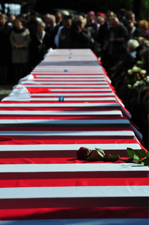 Pogrzeb Niezłomnych, Warszawa. Żołnierze pochowani na Powązkach