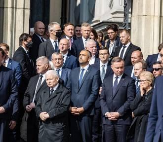 Prezydent, premier i prezes PiS. Politycy na pogrzebie ks. Zdzisława Sochackiego