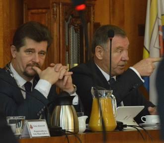Malbork. Burmistrz szuka ponad 2 mln zł. Rada Miasta nie zgodziła się na podwyżkę podatku od nieruchomości