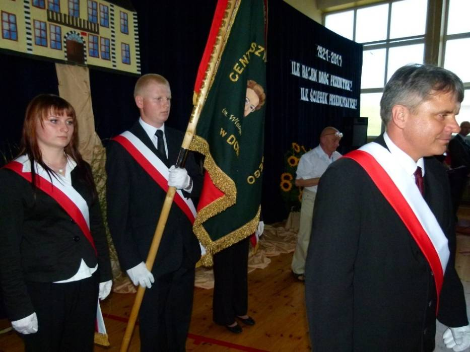 Jubileusz 90-lecia istnienia szkoły rolniczej w Dobryszycach świętowali absolwenci, nauczyciele i uczniowie tej placówki