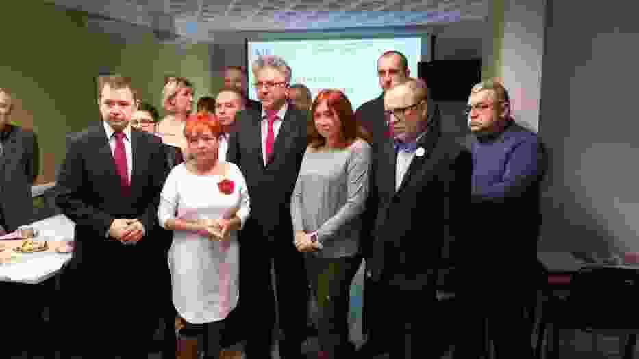 Referendum szkolne w Rybniku, Żorach i Wodzisławiu: ZNP zaczyna zbierać podpisy