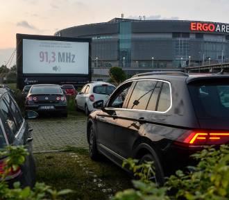 Ruszyło kino samochodowe przy ERGO ARENIE. Repertuar