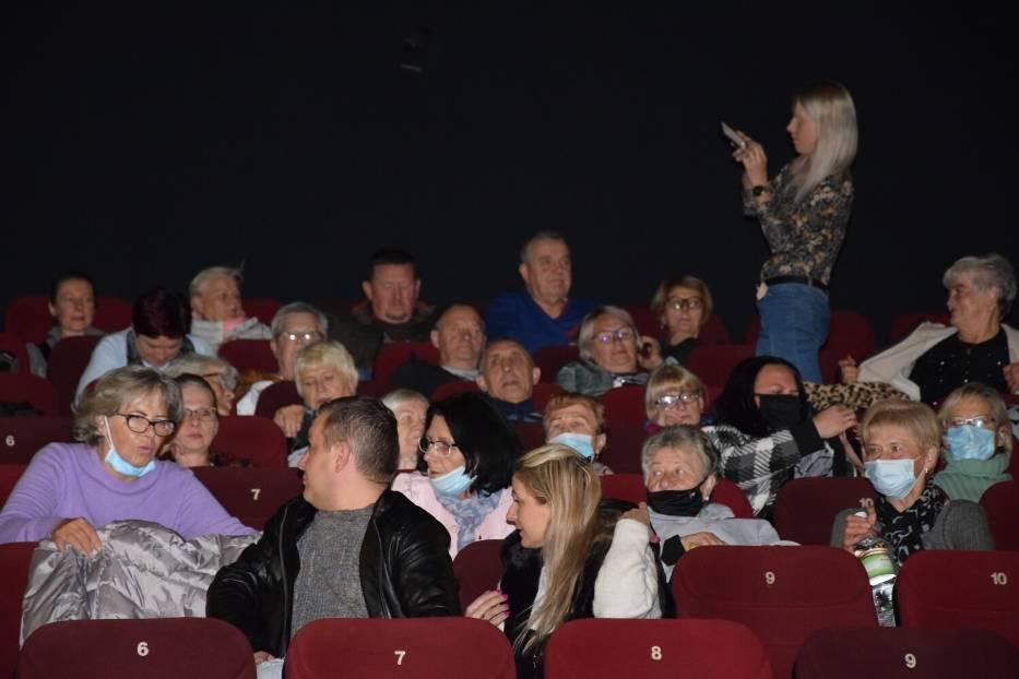 Kłodzko: W kinie Cinema 3D wyświetlono 2 filmy z inicjatywy senatora Aleksandra Szweda