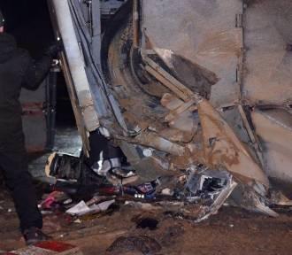 Wyjaśniają przyczyny tragicznego wypadku na S3. Kierowca zatrzymany do wyjaśnienia