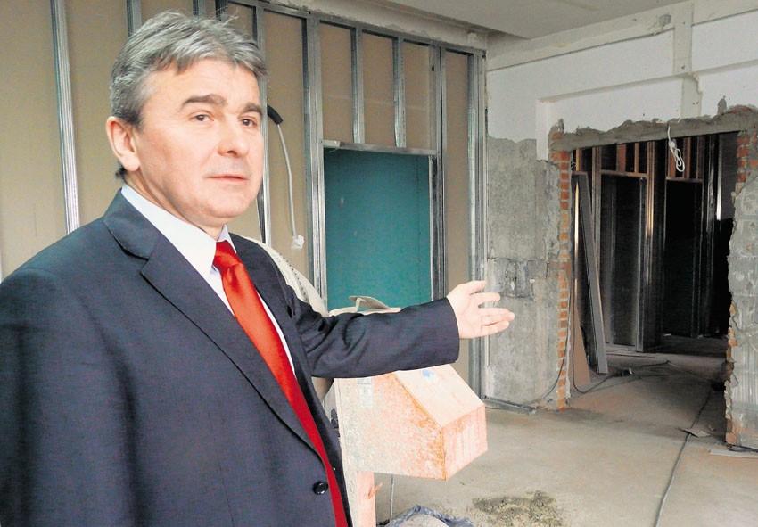 Prezes MegaMedu zapowiada, że sala operacyjna w przychodni gotowa będzie już w lipcu