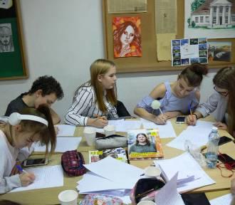 Młodzież i ich goście w Sandomierzu napisali kilkaset listów