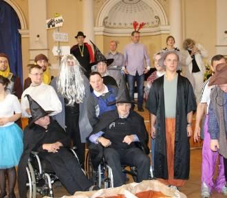 Krynica-Zdrój. W sali balowej Starego Domu Zdrojowego świętowali Dzień Osób Niepełnosprawnych