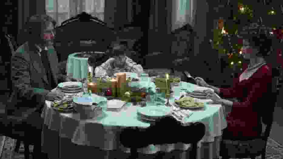 Scena ze sztuki Ich czworo w reżyserii Marcina Wrony