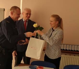 Policjant z Kalisza wyróżniony medalem ministra zdrowia za honorowe oddawanie krwi [FOTO]