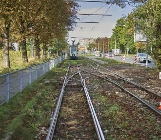 Koniec remontu torowiska na Stokach. 1 października pojadą nim tramwaje