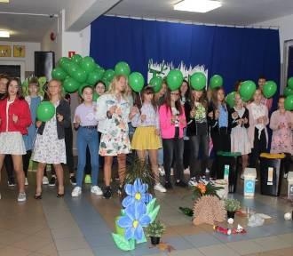 W SP w Ostrówku uczniowie mogą korzystać z nowoczesnej pracowni