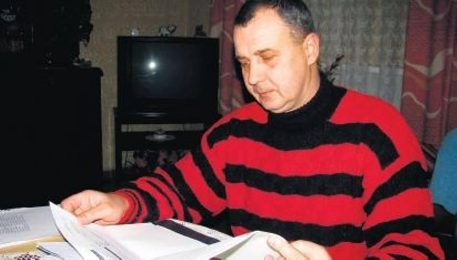 Ryszard Gryzik przez oszustkę jest zadłużony po uszy, stracił pracę