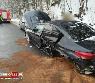 Groźny wypadek skody i bmw na DK 75 koło Czchowa [ZDJĘCIA]