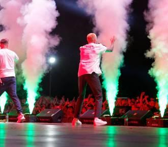 Najlepsze koncerty w sierpniu w Polsce. Zobacz, na jakie koncerty warto się wybrać jeszcze w te
