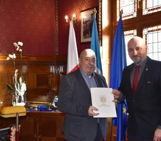 Modernizacja dworca PKP w Grodzisku: Umowa z wykonawcą podpisana!