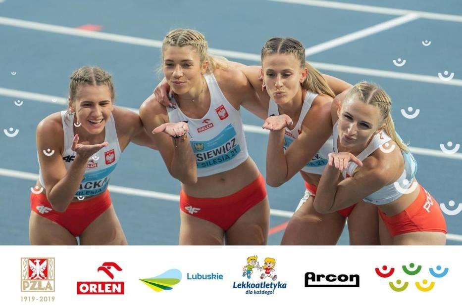 Kornelia Lesiewicz i Natalia Kaczmarek (w środku) po biegu eliminacyjnym