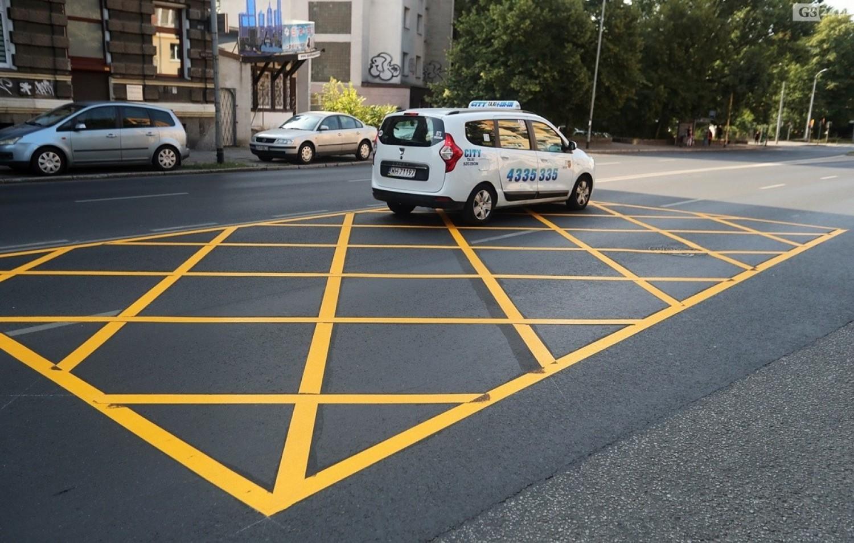 """""""Yellow boxy"""" pojawiły się na szczecińskich drogach. Jakie jest ich zadanie? [ZDJĘCIA]"""