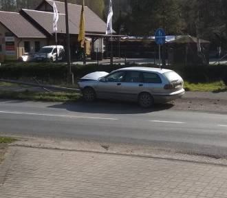 Pijany Ukrainiec wjechał w barierkę. Były policjant uniemożliwił mu ucieczkę