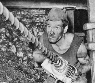 Górnicy z Janiny i Brzeszcz na archiwalnych zdjęciach